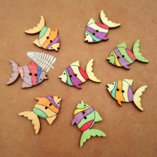 2 Holes Colorful Cute Fish Shaped Wooden Buttons For Sewing And Crafting